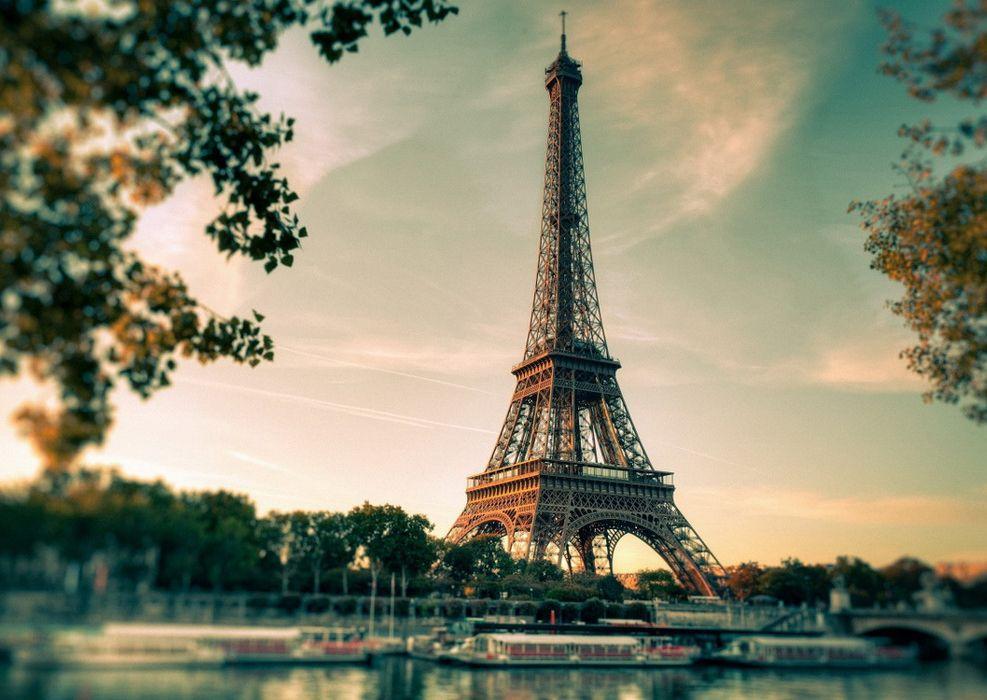 Париж — Обратная сторона великолепия